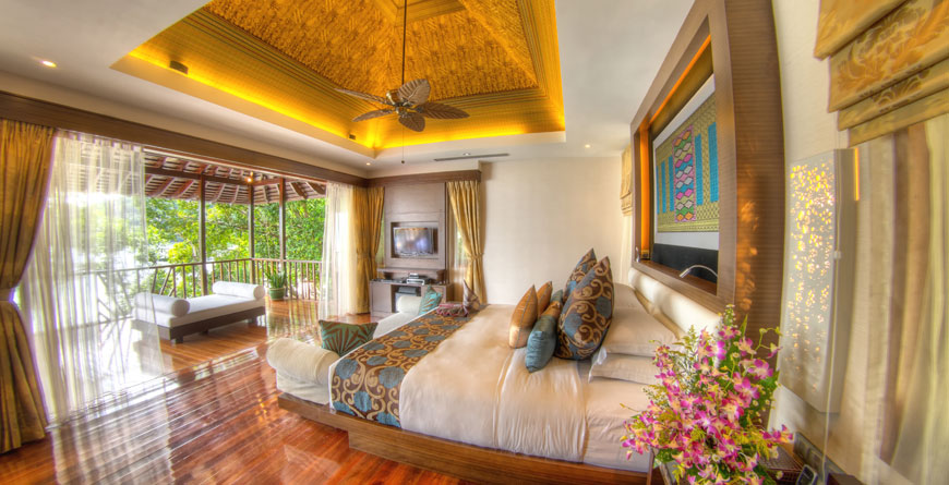 Royal Villa Guest Bedroom