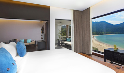 Executive Sea View Suite, Master Bedroom