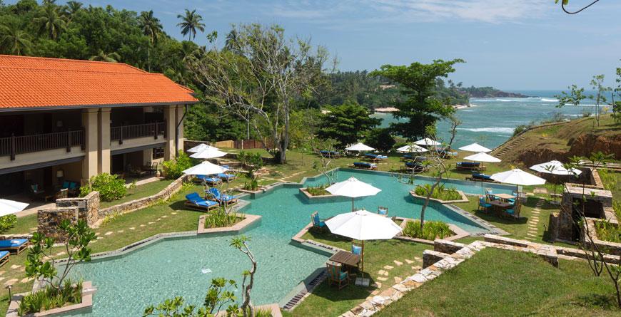 Family Cove Suites & Villas