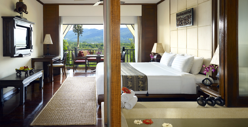 Duluxe Three Country View Room