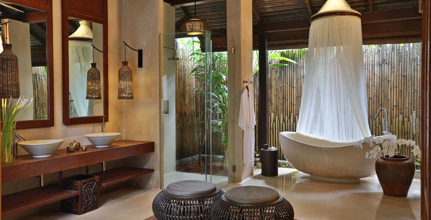Ocean Pool Villa Bathroom