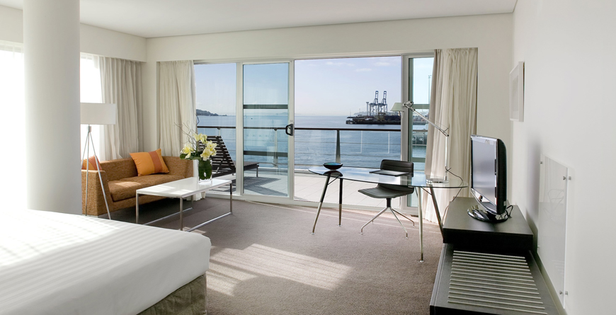 Duluxe Harbour View Plus Room