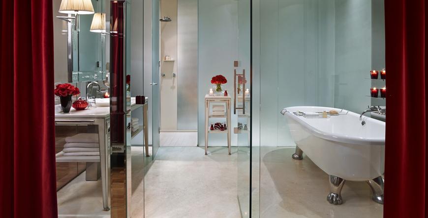 Porteno Suite Bathroom