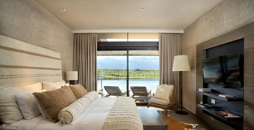 Duluxe Villa Bedroom