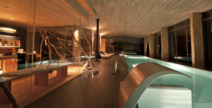 Spa Pool at Night, Credit P Vergara