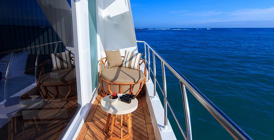 Private cabin balcony