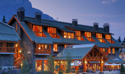 Fox Suites Banff and Lake Louise Exterior