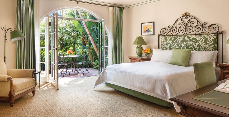 Four Seasons Biltmore Bedroom