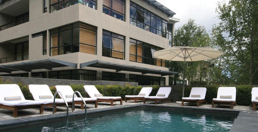 The Glen Apartments Pool
