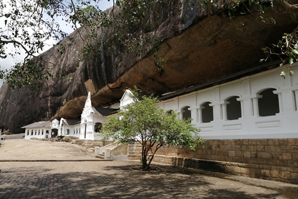 3 Reasons to Choose SL For your next family holiday Gallery Dambulla Cave Temple