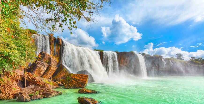 Dry Nur Waterfall Courtesy Shutterstock