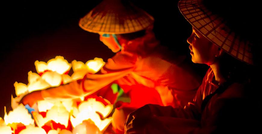 Flowergirl, Hanoi Courtesy Shutterstock