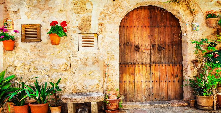 Mallorca, Credit Leoks, Shutterstock