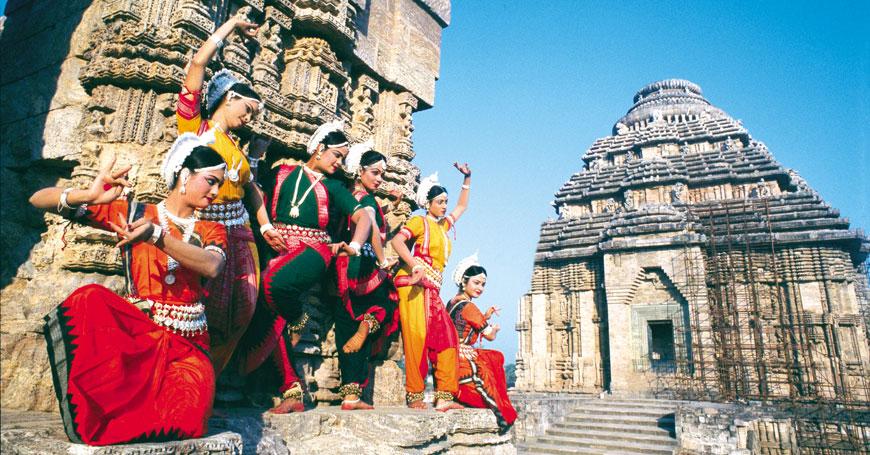 Dancers, Courtesy Creative Travel