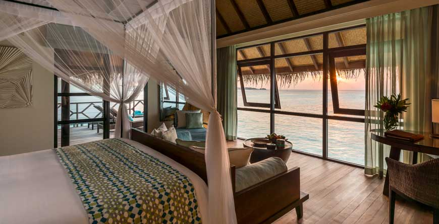 Four Seasons Kuda Huraa Water Bungalow