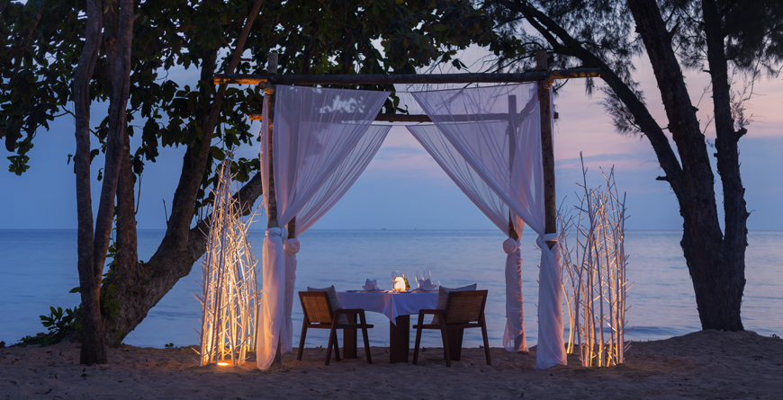 Beach Dining at Alila Villas Koh Russey