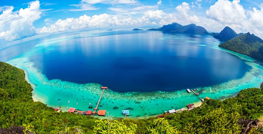 Tun Sakran Marine Park, Credt Ljam Hairi, Shutterstock
