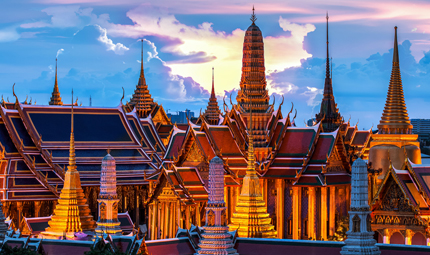 Temple of the Emerald Buddha, Credit MOLPIX Shutterstock