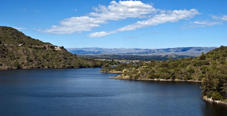Dike Los Molinos, Courtesy Shutterstock