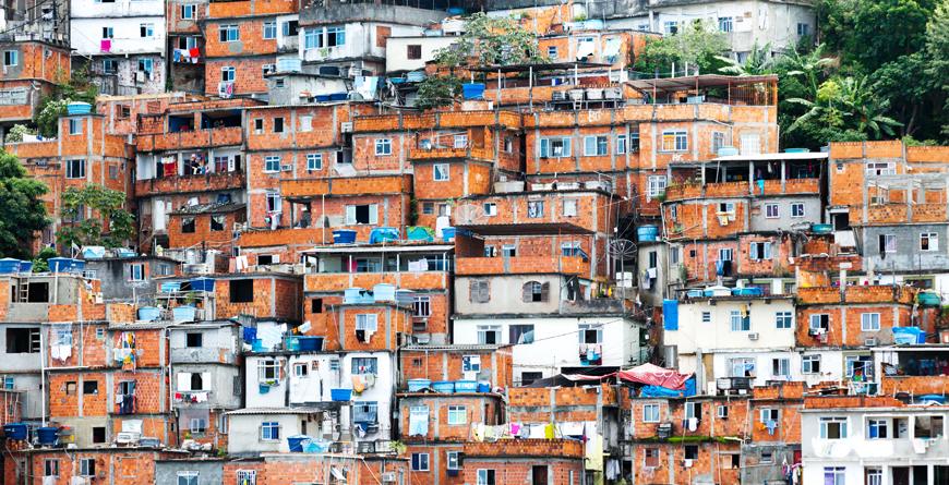 Favela, Credit Tero Hakala, Shutterstock.com