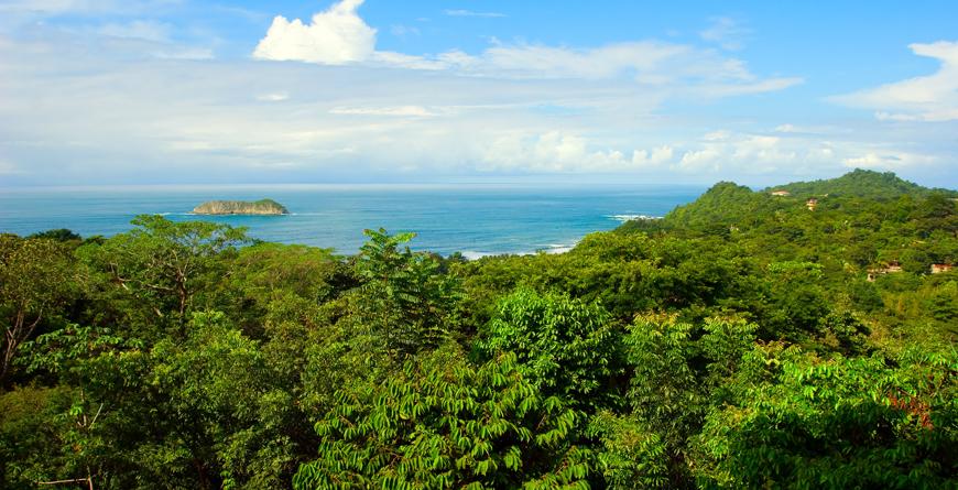 Viewover Pacific Ocean, Credit Antonio Jorge Nunes Shutterstock.com