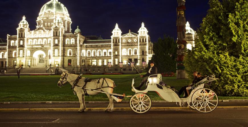 Legislative Buildings, Credit Canadian Tourism Commission