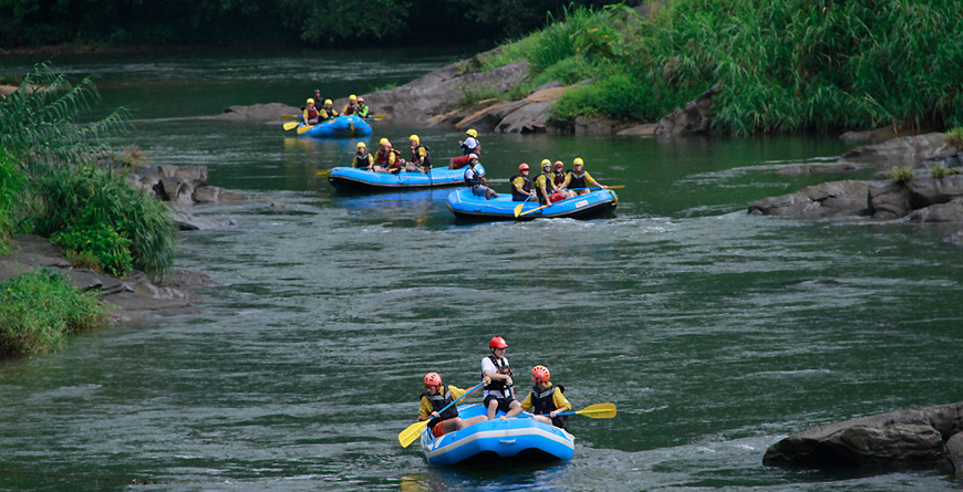 Rafting at Borderlands